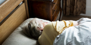 Physical-Comorbidities-of-Dementia-banner-lady-sleeping