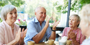 living-well-with-dementia-group-of-older-people